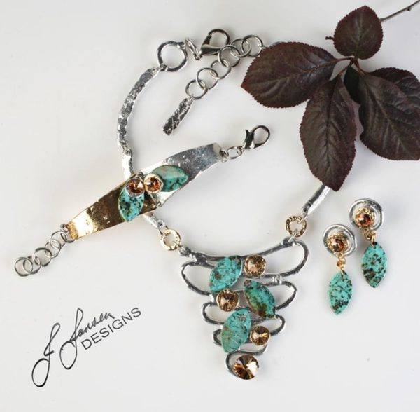 Couture 122 - Necklace