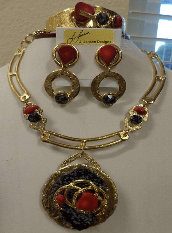 Couture 147 - Necklace