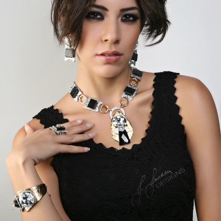 Couture 209 - Necklace
