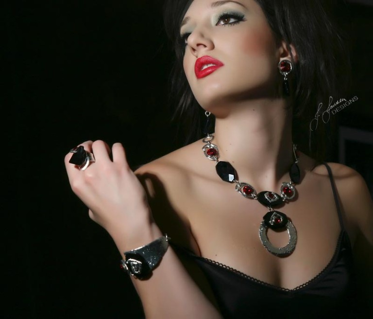 Couture 76 - Necklace