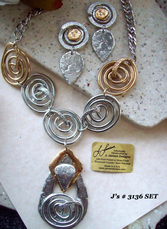 Couture 888 - Necklace