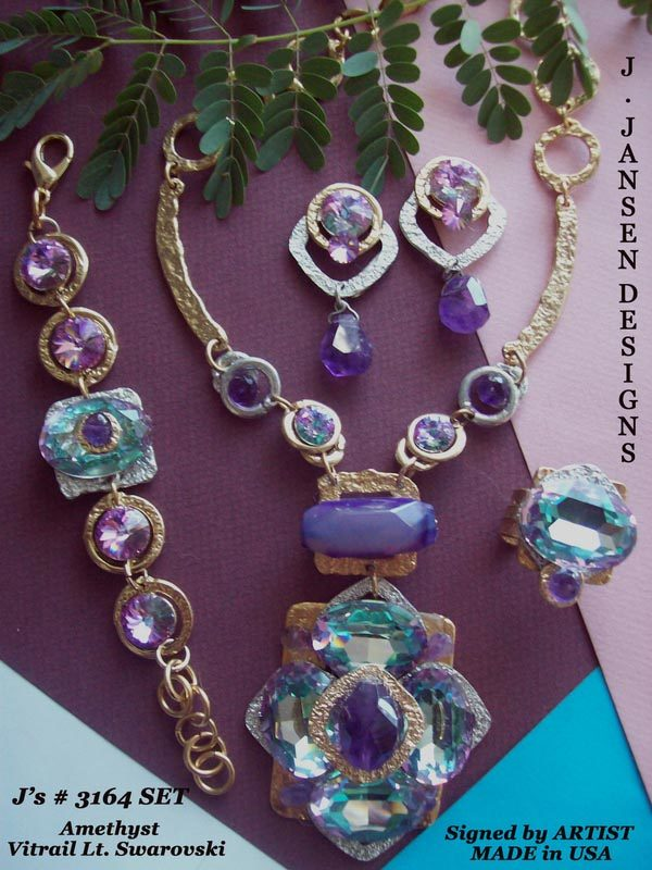 Couture 981 - Necklace