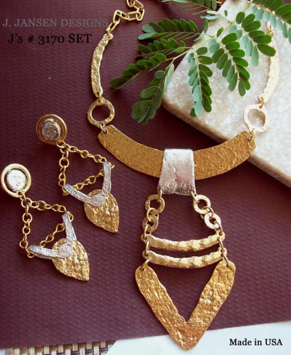 Couture 986 - Necklace