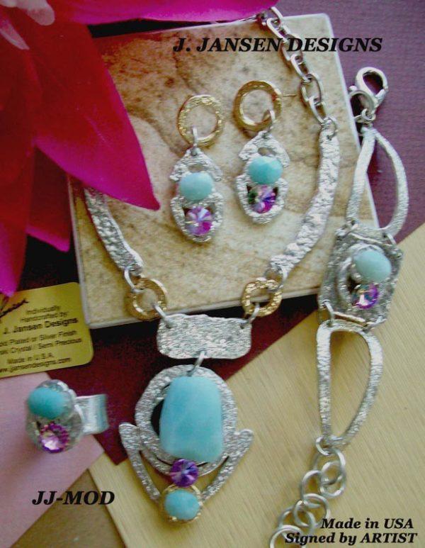 Classic Elegance 22 - Necklace