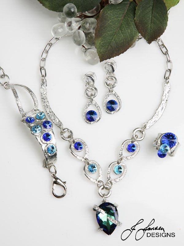 Classic Elegance 222 - Necklace