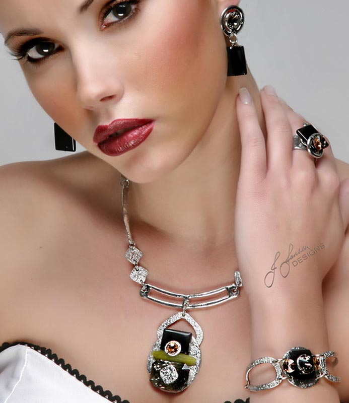 Classic Elegance 234 Ring J Jansen Designs