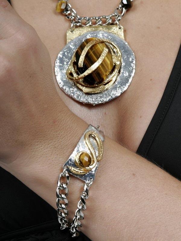 Classic Elegance 255 - Necklace