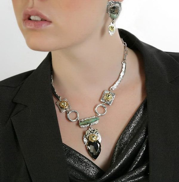 Classic Elegance 371 - Necklace