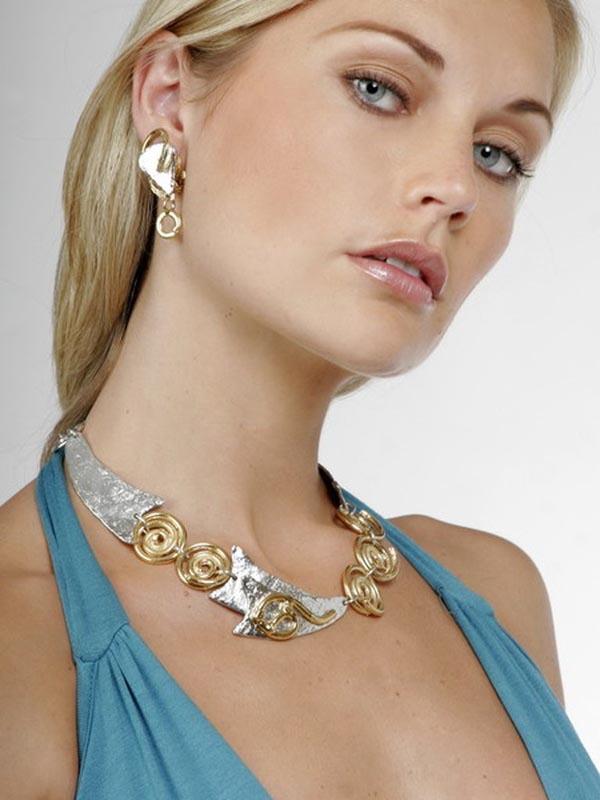 Classic Elegance 545 - Necklace