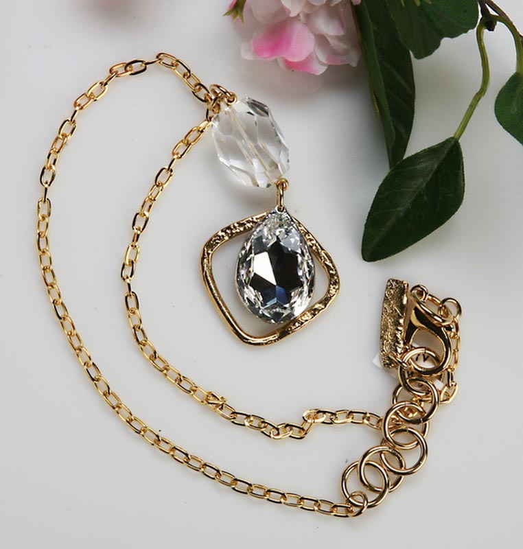 Classic Elegance 578 - Necklace