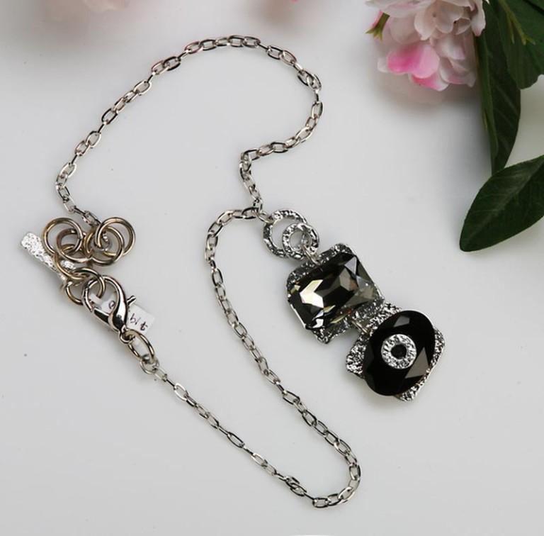 Classic Elegance 579 - Necklace