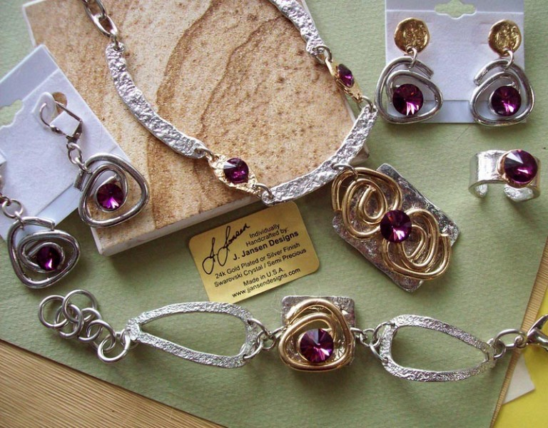 Classic Elegance 83 - Necklace