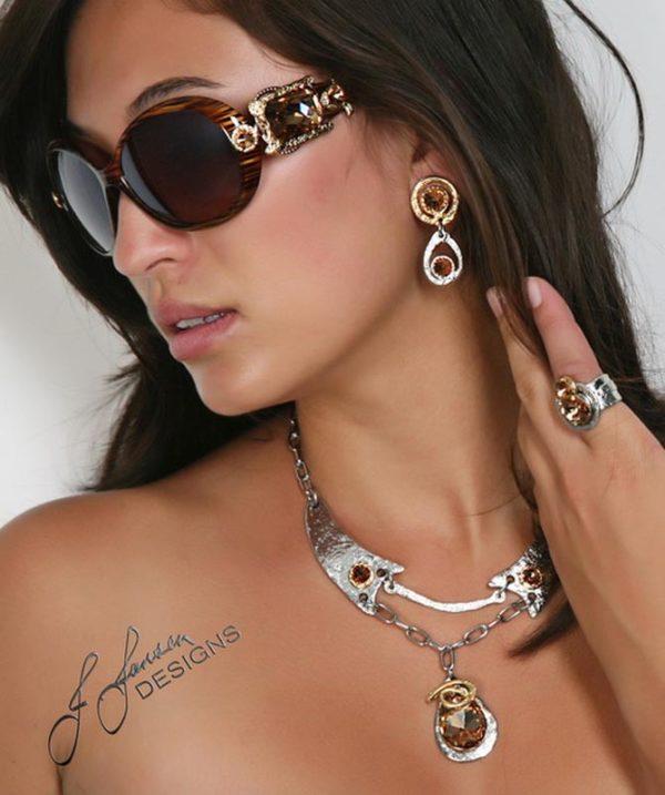 Classic Elegance 89 - Necklace