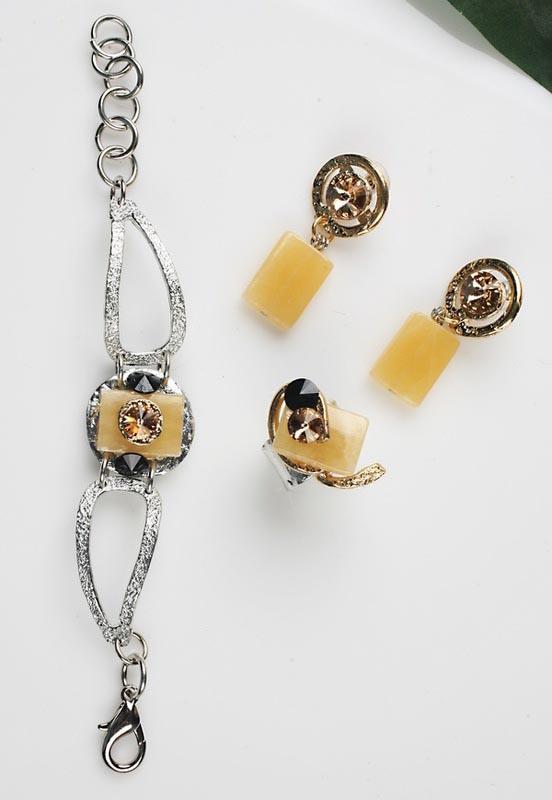 Earrings Bracelets & Rings 199 - Set