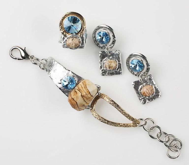 Earrings Bracelets & Rings 203 - Bracelet