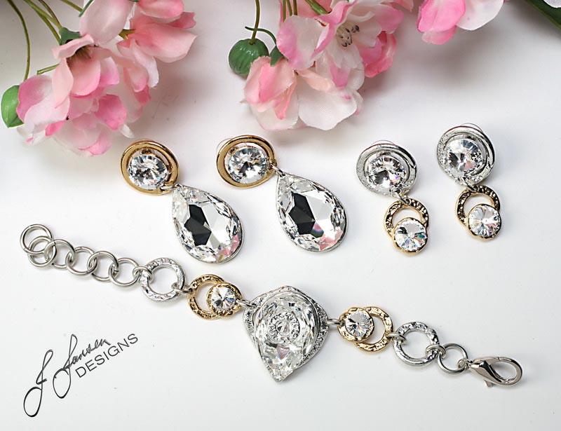 Earrings Bracelets & Rings 215 - Earrings - Left