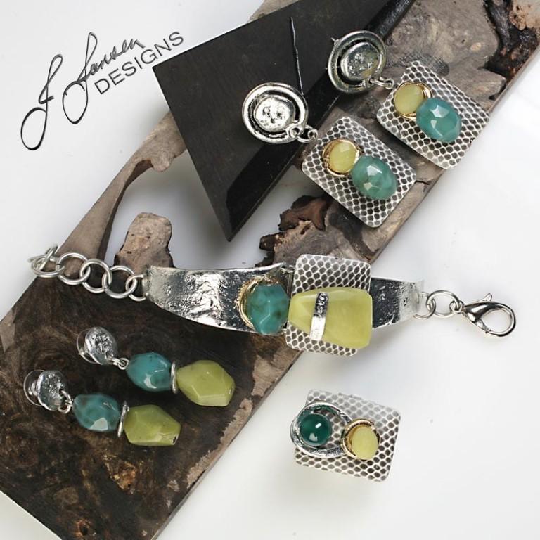 Earrings Bracelets & Rings 258 - Earrings - Middle