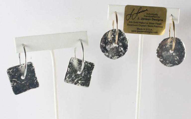 Earrings Bracelets & Rings 43 - Earrings - Right