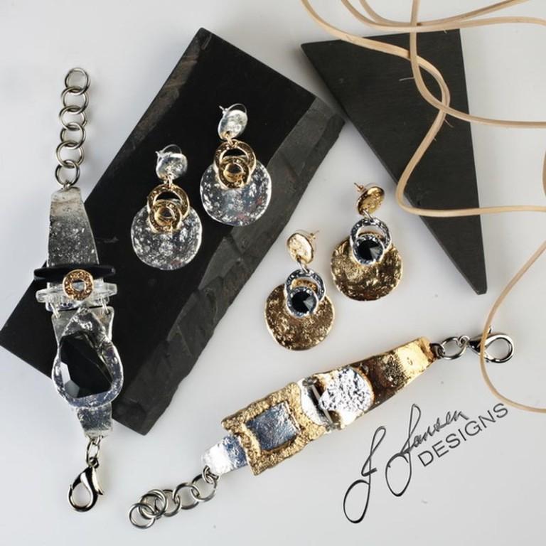 Earrings Bracelets & Rings 68 - Set