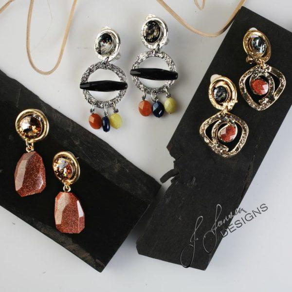 Earrings Bracelets & Rings 91 - Earrings - Left