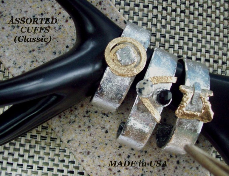 Cuff Bracelet 480 - Middle