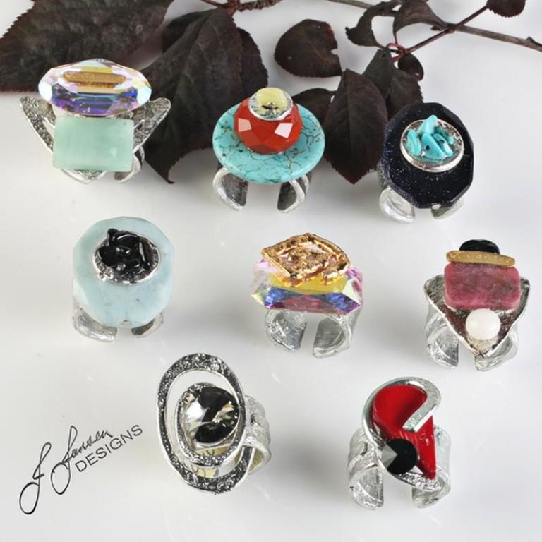 Rings 98 - Top - Left